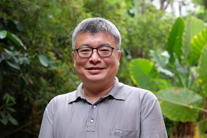 「龍貓教授」王升陽與森林秘密世界!白千層舒緩殺菌土肉桂抗氧化,寶藏挖不完