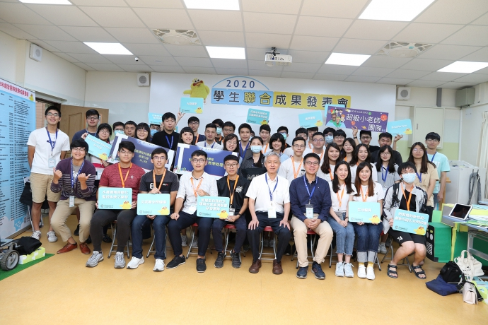 【公關組】興大舉辦學生聯合成果發表會 得獎團隊經驗交流